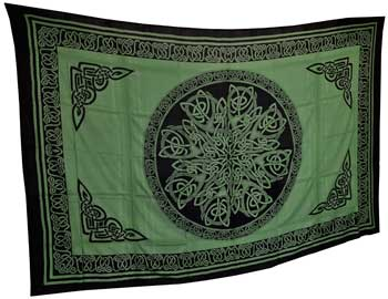 Green celtic knot tapestry
