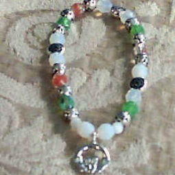 Claddagh Beaded Bracelet